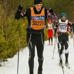Skiing 90 km - Lars Fernström (30221)