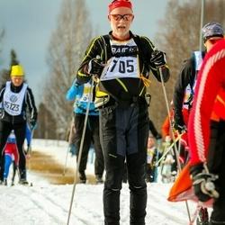 Skiing 90 km - Gustav Björkman (7705)