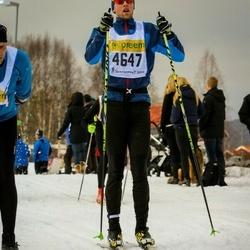 Skiing 90 km - Fredrik Öman (4647)
