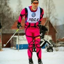 Skiing 90 km - Henrik Baltzari (3064)