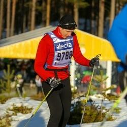 Skiing 90 km - Antti Koivisto (9788)