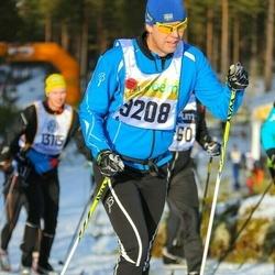 Skiing 90 km - Fredrik Pettersson (9208)