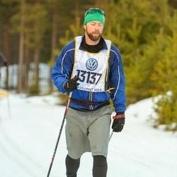 Skiing 90 km - Don Mcgillicuddy (13137)