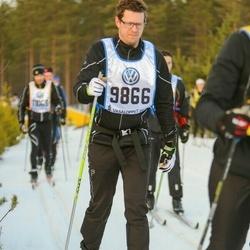 Skiing 90 km - Henrik Eklund (9866)