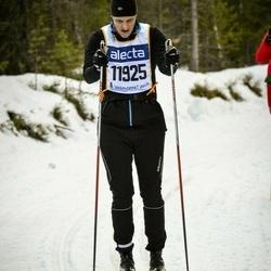 Skiing 90 km - Andreas Blixt (11925)