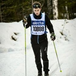 Skiing 90 km - Henrik Svensson (10888)