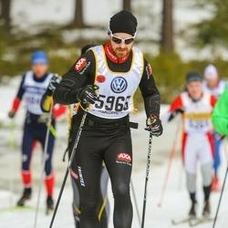 Skiing 90 km - Erik Pihl (5966)