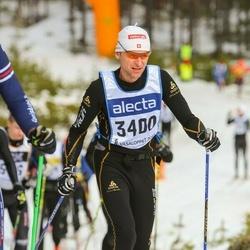 Skiing 90 km - Simon Orlik (3400)