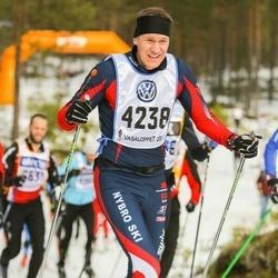 Skiing 90 km - Henrik Andersson (4238)