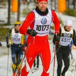 Skiing 90 km - Eiliv Madssen (10173)