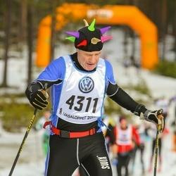 Skiing 90 km - Johan Hein (4311)