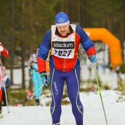 Skiing 90 km - Nicklas Lindqvist (7827)