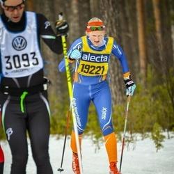 Skiing 90 km - Astrid Sörset (19221)