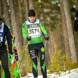 Skiing 90 km - Anders Sahlin (3674)
