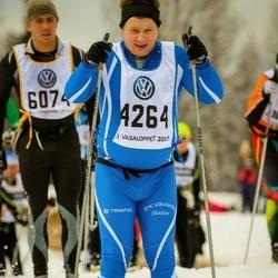 Skiing 90 km - Jari Toivanen (4264)