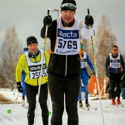 Skiing 90 km - Jouko Pussinen (2505), Jari Kokkonen (5769)