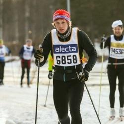 Skiing 90 km - Gustav Olander (6858)