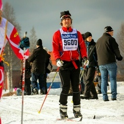 Skiing 90 km - David Overby (9600)