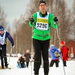 Skiing 90 km - Henrik Lönn (9296)