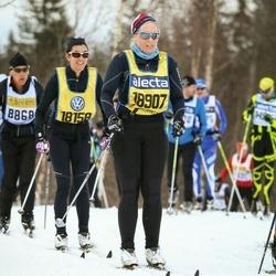 Skiing 90 km - Karin Larsson (18158), Åse Möller (18907)