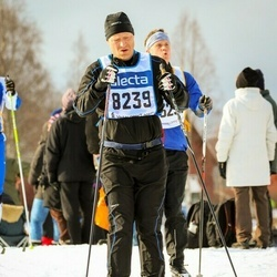 Skiing 90 km - Anders Wallqvist (8239)