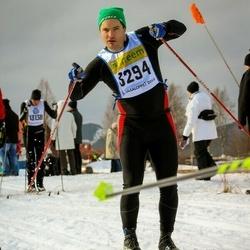 Skiing 90 km - Henrik Sjöström (3294)
