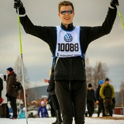 Skiing 90 km - Mathias Esmann (10088)