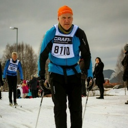 Skiing 90 km - Anders Molinder (8110)