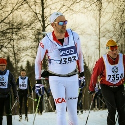 Skiing 90 km - Carl Schartau (8393)