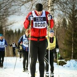 Skiing 90 km - Fredrik Millde (8600)