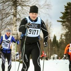 Skiing 90 km - Olle Samuelsson (9171)