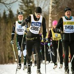 Skiing 90 km - Zachary Ganz (12886)