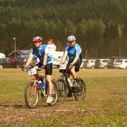 Cycling 45 km - Christian Josefsson (5632), Lars Brindbergs (5635)
