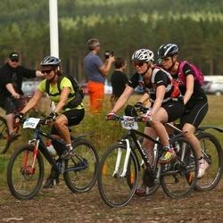 Cycling 45 km - Christina Von Feilitzen (5592), Anna Ljudén (5629)