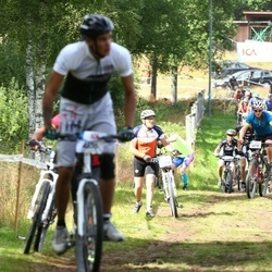 Cycling 45 km - Christer Henriksson (4364)