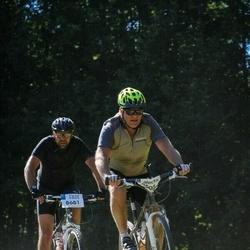 Cycling 94 km - Eilert Engström (8605), Ola Borén (8681)