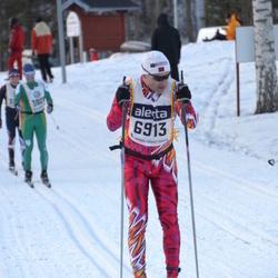 Skiing 90 km - Christian Eirik Johnsen (6913)