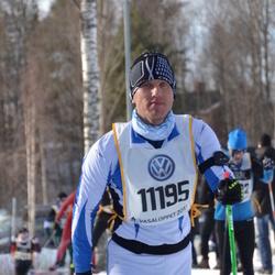 Skiing 90 km - Janno Greenbaum (11195)