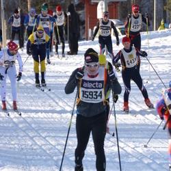 Skiing 90 km - Torbjörn Andersson (6433), Henrik Stranning (15934)