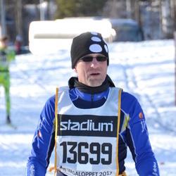 Skiing 90 km - Bo Karlsson (13699)