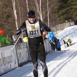 Skiing 90 km - Fredrik Öhrner (1221)