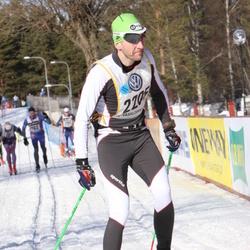 Skiing 90 km - Fredrik Mickelsson (2205)