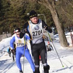 Skiing 90 km - Henrik Thomson (2704)