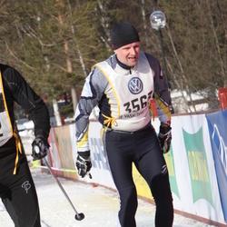 Skiing 90 km - Ari Kaivolainen (3563)