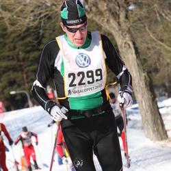 Skiing 90 km - Jan-Erik Larsen (2299)