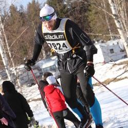 Skiing 90 km - Christian Elsebutangen (7824)