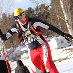 Skiing 90 km - Christian John (8918)
