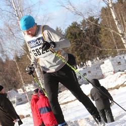 Skiing 90 km - Adam Dahlin (6822)