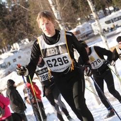 Skiing 90 km - Henry Puttonen (6296)
