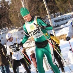 Skiing 90 km - Henrik Andersson (9209)